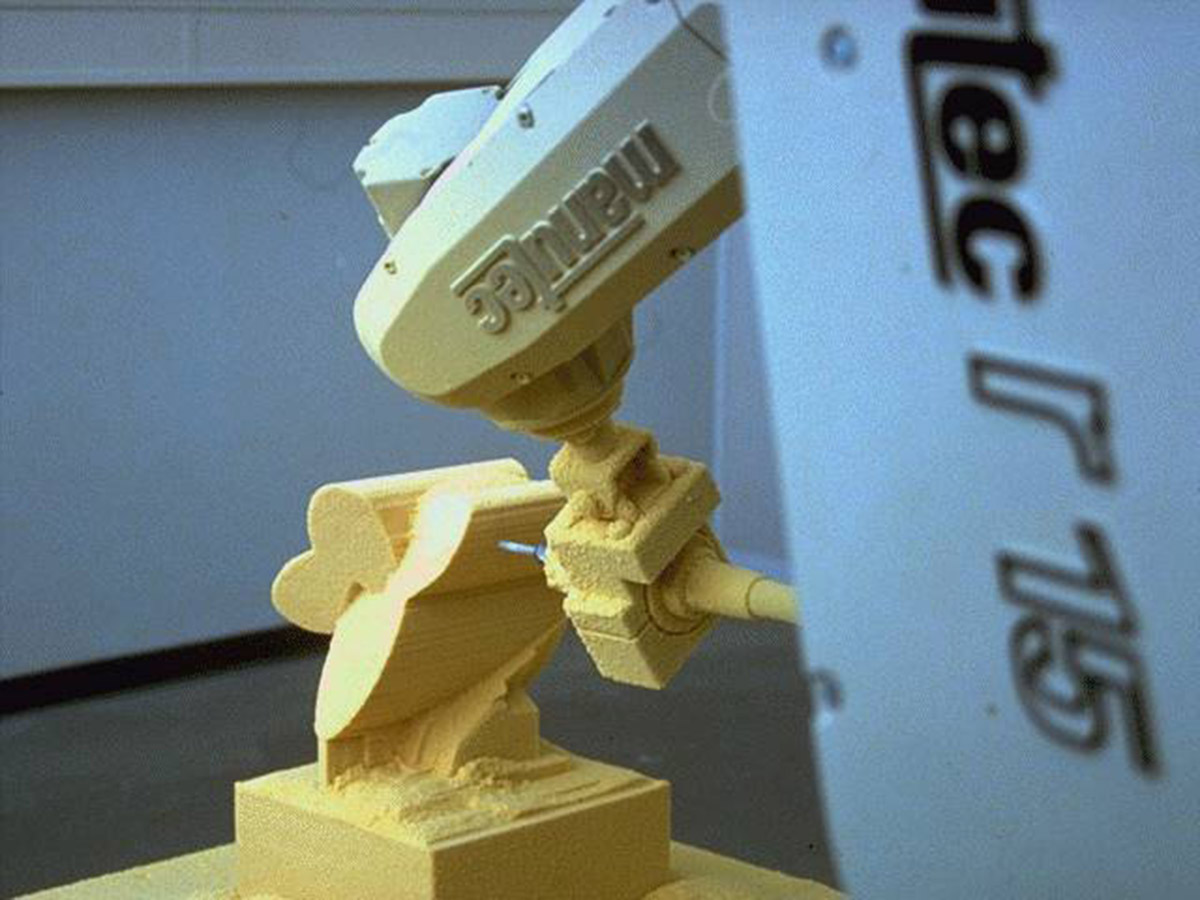 Sculpture City | Clou 010 | 5-axis milling robot | 1994