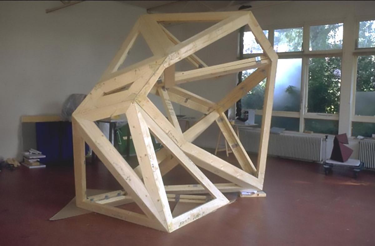 Foled Volume | wooden frame | studio Hoogenwaardstraat 18 Rotterdam Overschie | 1991